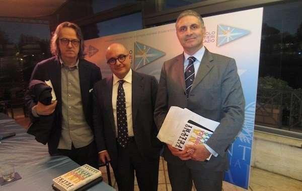 """Presentazione del libro """"Una Repubblica senza patria"""" di Vittorio Feltri"""