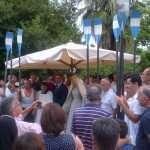 Dopo la vestizione della Madonna fiumarola al CCLazio il saluto dei canottieri con il presidente Condemi